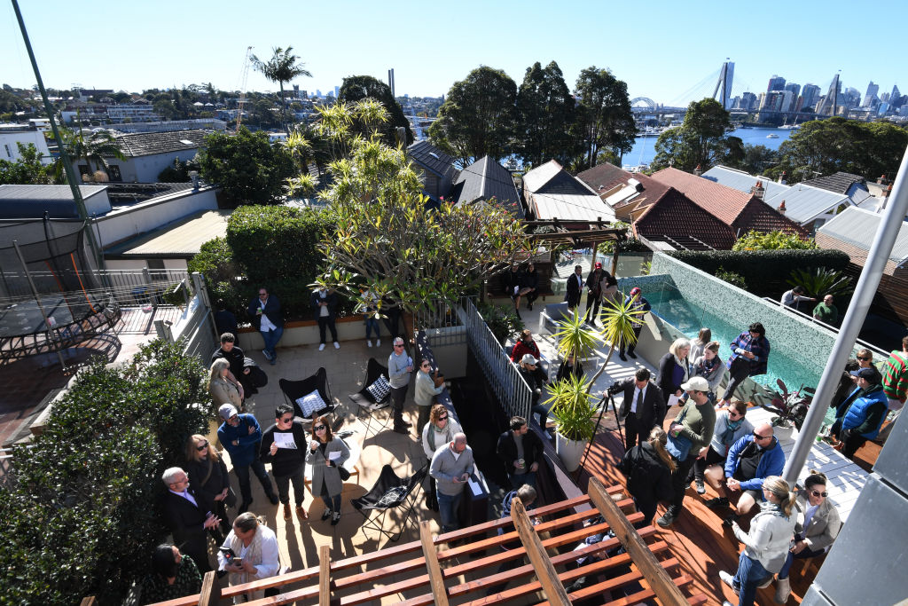 The auction of 26 Kentville Avenue Annandale.