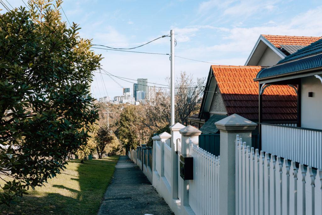 Neighborhoods_Willoughby-10_c7rqvb