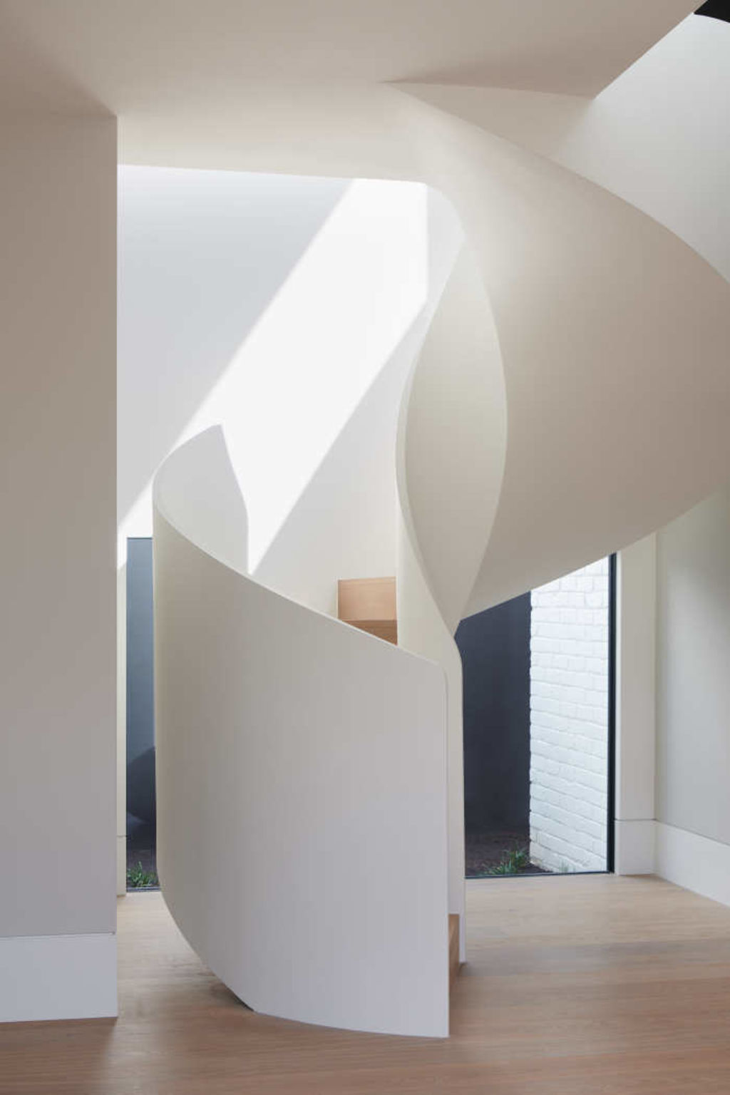 A work in plaster of absolute beauty, the stairwell. Toorak renovation story.