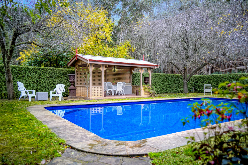 1671_Mount_Macedon_Rd_Woodend_VIC_2_m57hdl