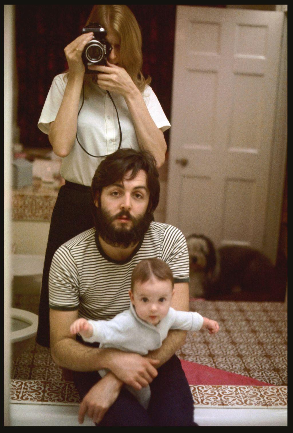 BIFB_photo_by_Linda_McCartney_Self_Portrait_with_Paul_and_Mary_London_1969_zr4zyz