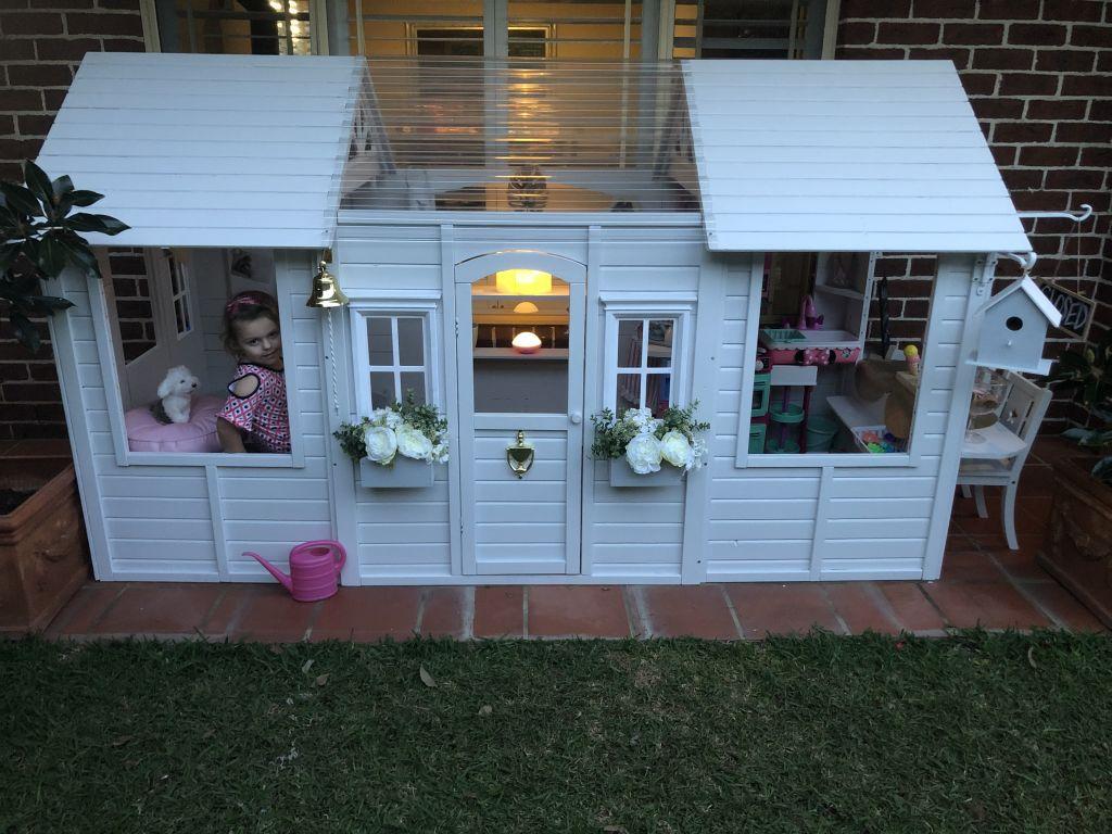 Cubby_house_1_1_hdecsh