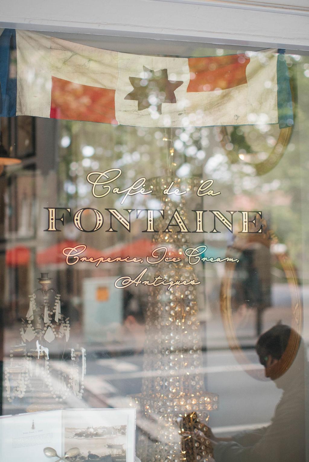 Cafe_de_la_Fontaine_1_uanrlp