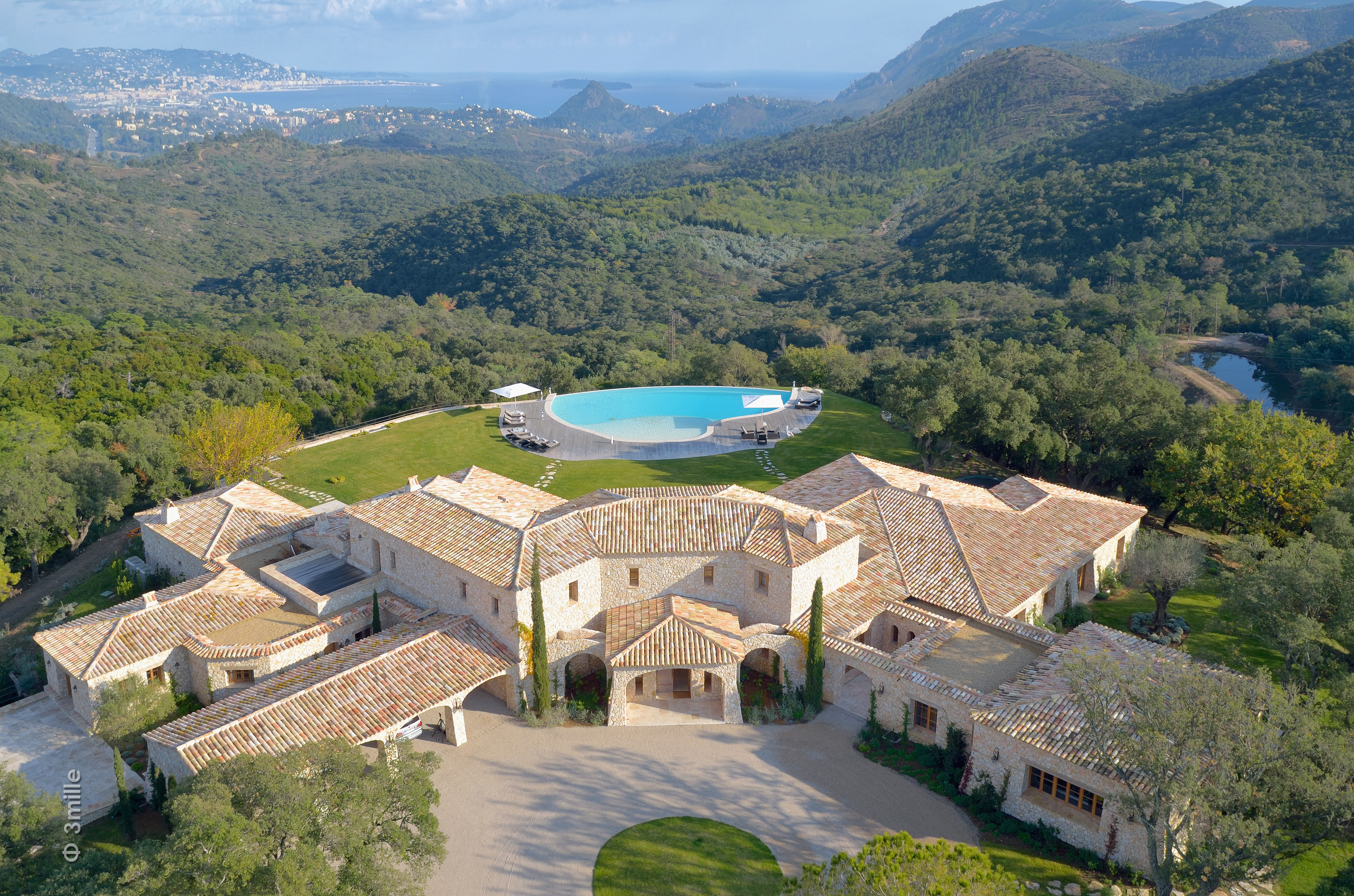 A provincial estate in Cannes, France