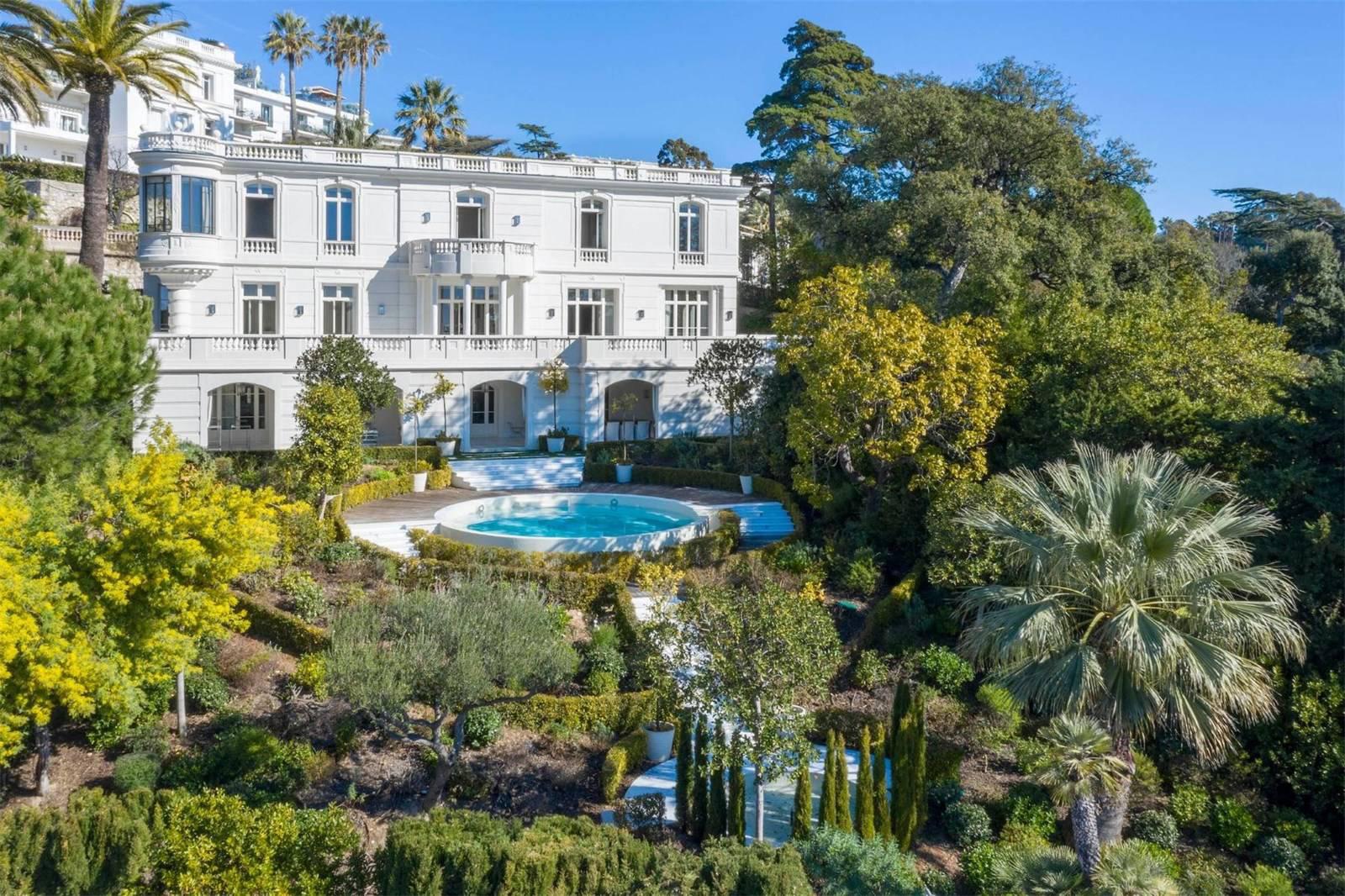 La Favorite residence in Cannes
