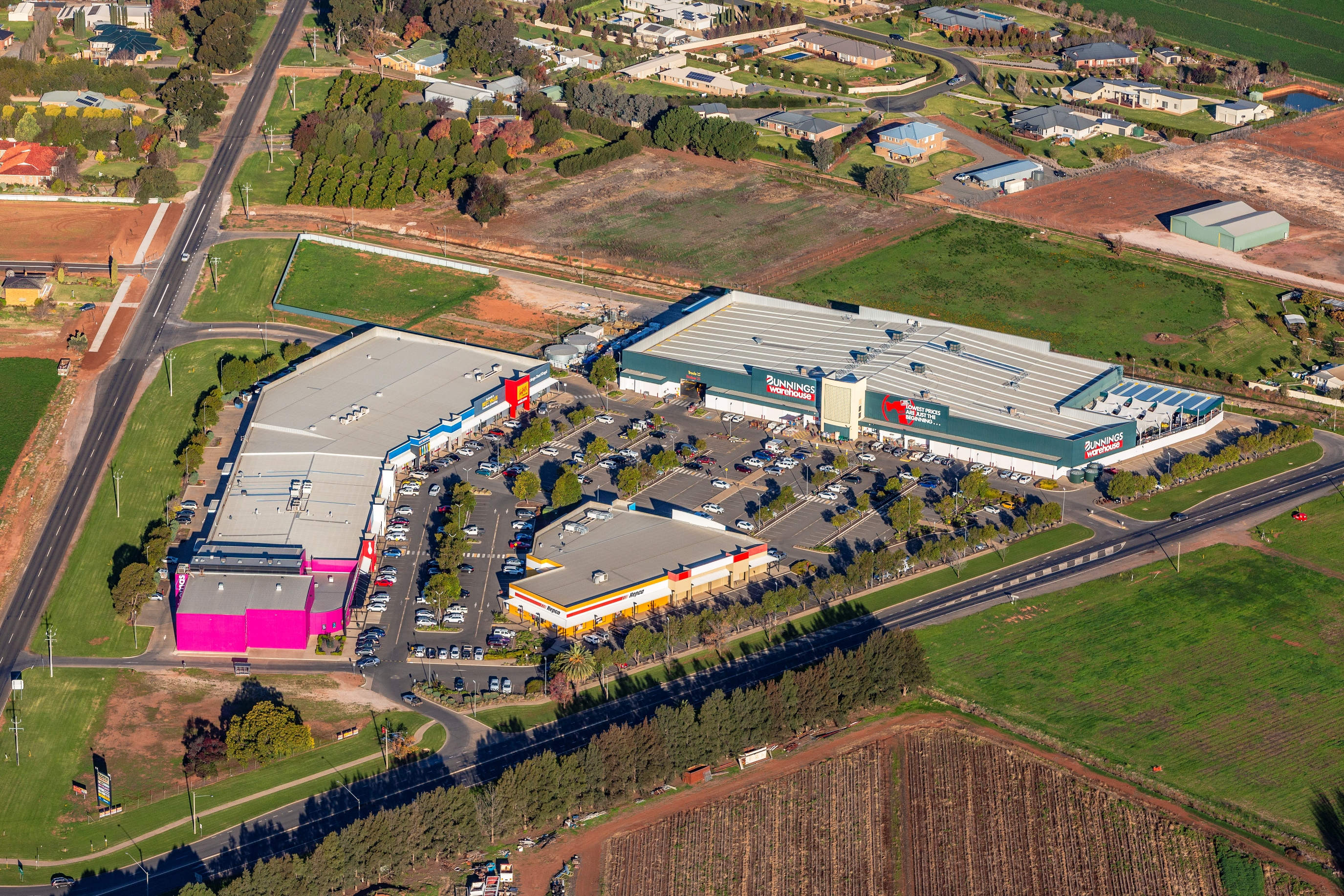 bunnings-warehouse-griffith-2