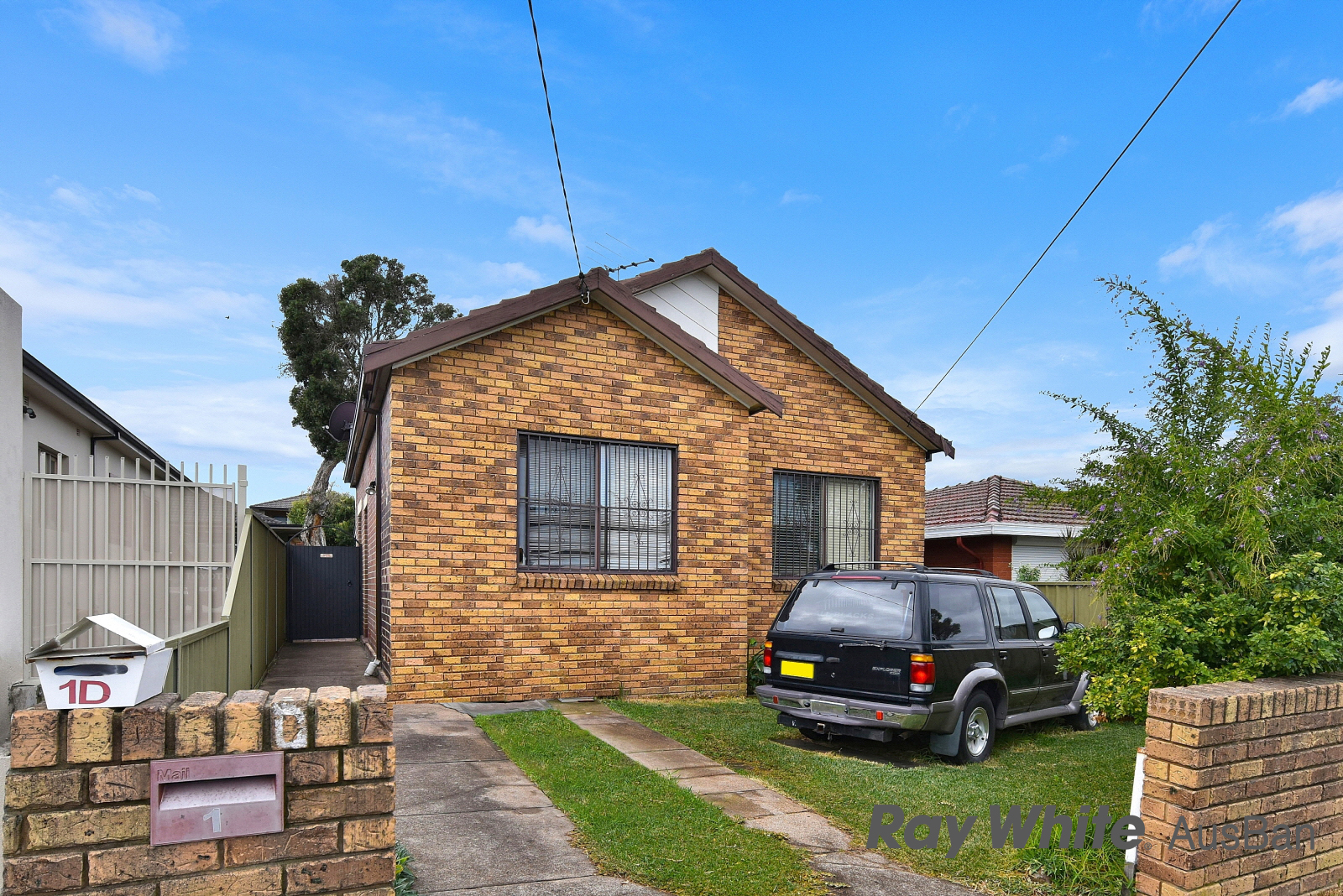 At 1 Eulda Street, Belmore, optimistic investors pushed a five-bedroom rental house with a granny flat to $980,000 – $90,000 above reserve.